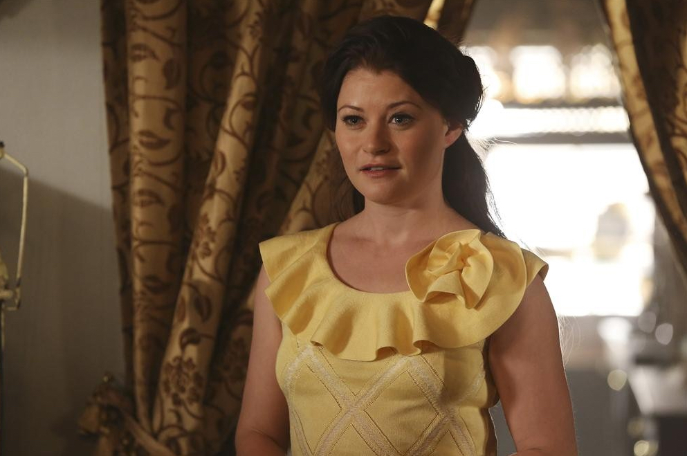 Emilie de ravin once upon a time belle